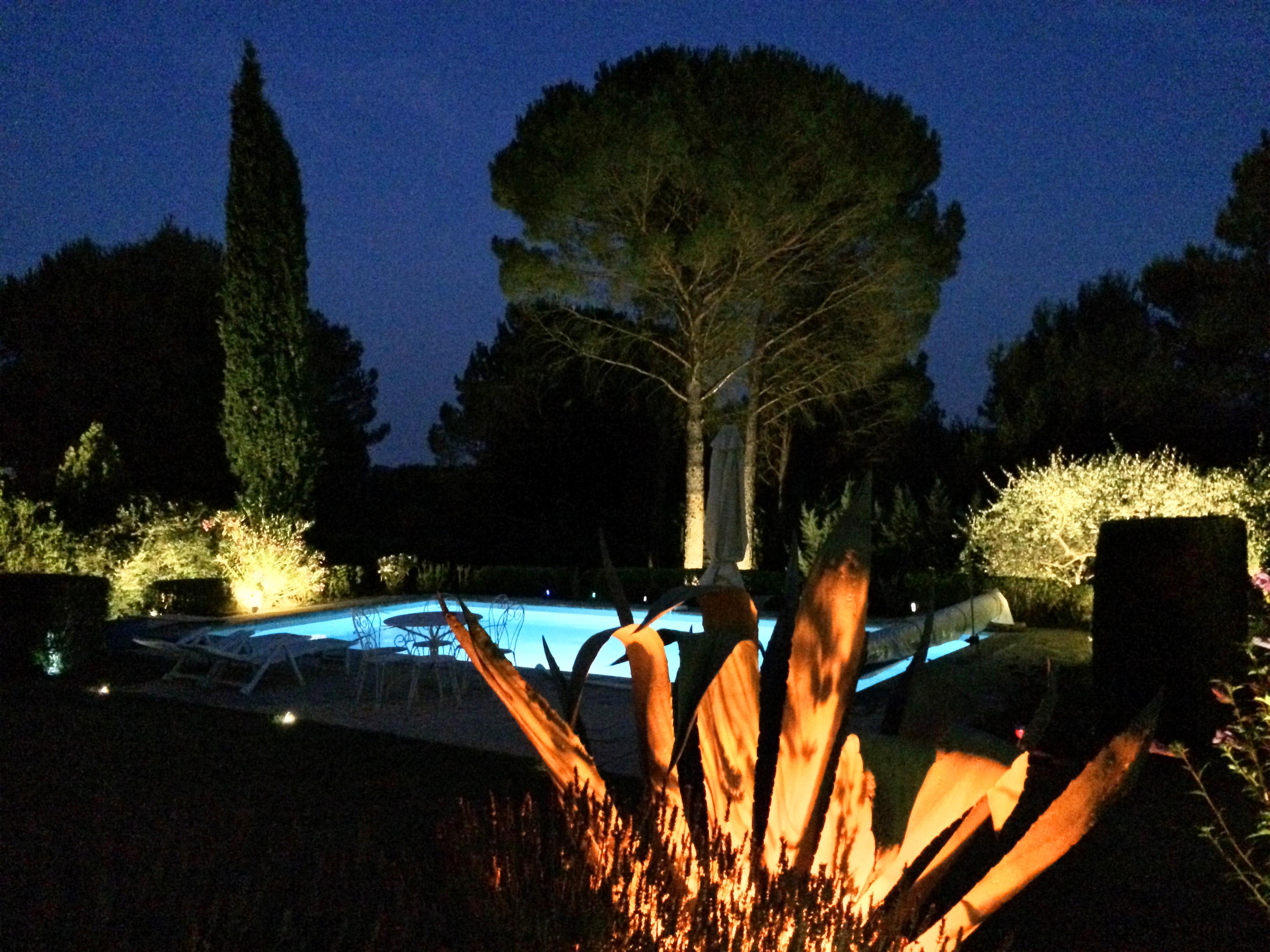 stunning eclairage jardin fete images. Black Bedroom Furniture Sets. Home Design Ideas