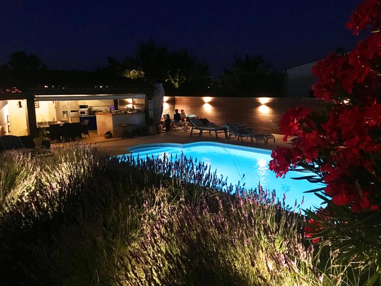 AU COEUR DE LA GARRIGUE – Éclairer son jardin – Jardins de Nuit
